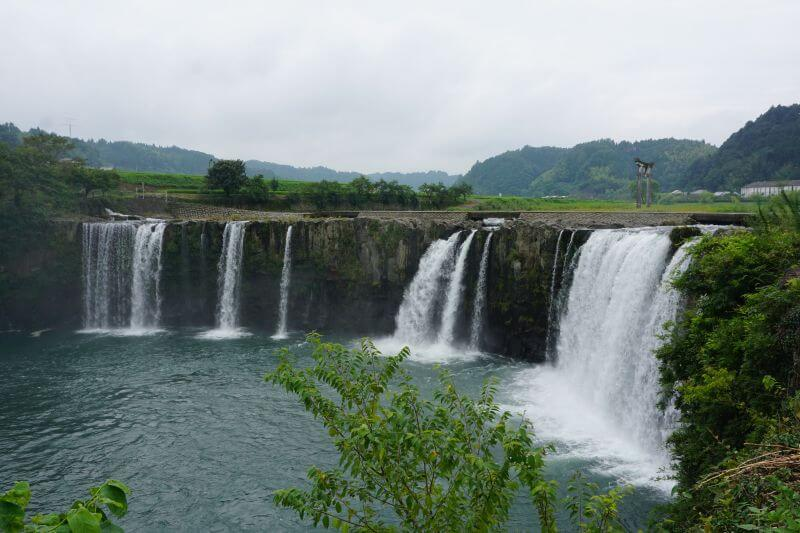 原尻瀑布(原尻の滝)