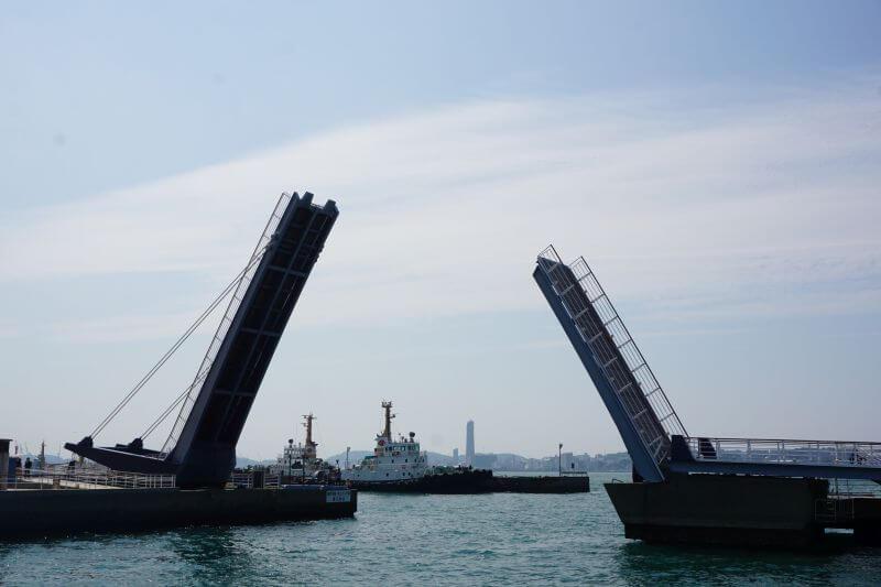 西海岸可動橋開橋2